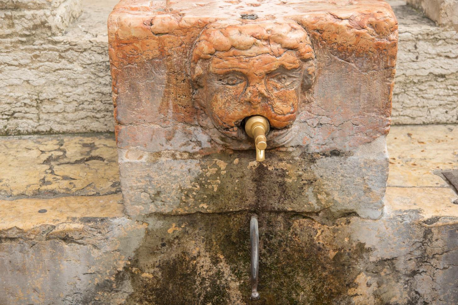 Het leidingwater in Verona is veilig om te drinken